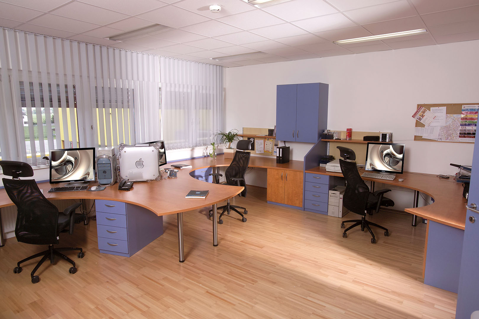 b ro shop design ideenpavillon